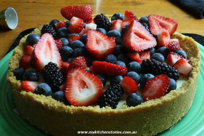 No Cook White Chocolate Berry Tart inspired by Nigella Lawson - My ...
